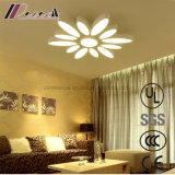 暖かく、ロマンチックな花のタイプ独創性LEDの天井ランプ
