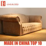 Luxuxwohnzimmer kakifarbige Nubuck lederne Chesterfield Sofa-Möbel