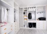 Armadio di legno bianco moderno del Governo della camera da letto