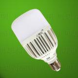 Cubierta plástica de la luz de bulbo del LED 24W