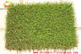 プール領域のフロアーリングの壁の人工的な草のカーペット
