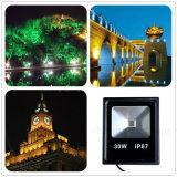 IP67は3年のフラッドライトをアルミニウム細い屋外の照明がダイカストランプ30W LEDの庭ライトを保証防水する