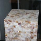 現代ホテルの装飾的なNatualのシェルの正方形のベッドサイド・テーブルランプ