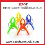 Moulage en plastique de Vêtements-Cheville de modèle spécial dans Huangyan
