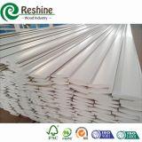 Peças pintadas brancas decorativas do obturador do PVC da plantação