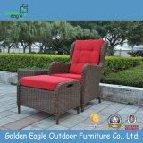 Mimbre al aire libre Patio Bistro fijado sillas y otomanos, Bistro Muebles (FP0156)