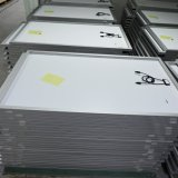 安い12V中国50ワットの太陽電池パネル