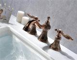 Faucet de mármore de bronze do misturador do Três-Furo da bacia do banheiro Zf-M02 do punho dobro luxuoso