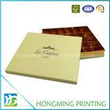 Rectángulos de lujo del chocolate del caramelo de la cartulina con el divisor de papel