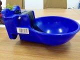 プラスチック家畜のWatererのたらいの送り装置の飲むボール