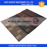 Il tipo piano le mattonelle di tetto, le mattonelle di tetto rivestite di pietra del metallo, il tetto del metallo, tetto del metallo di Linyi Wnate del galvalume copre le mattonelle