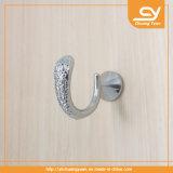 La capa del metal engancha el tornillo apropiado de la cocina de la puerta de los muebles de los accesorios del cuarto de baño