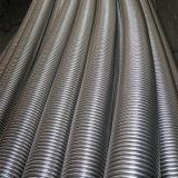 Metal del manguito flexible acanalado con el tejido