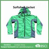 春に使用する防水Softshellジャケット