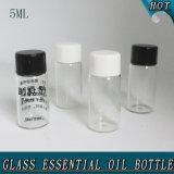 bouteille en verre d'huile essentielle de petit du cylindre 5ml sérum cosmétique d'espace libre