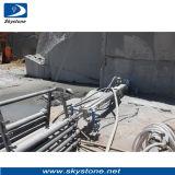 石造りの石切り場のための穴のドリル機械の下