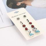 Gli orecchini a cristallo della vite prigioniera del turchese dell'annata dei monili di costume hanno impostato il regalo dei monili