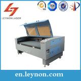 De gegraveerde Scherpe Machine van de Laser van het Plexiglas van de Scherpe Machine van de Laser van de Houtdruk Acryl