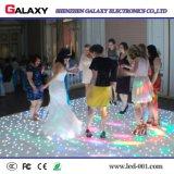 レンタルイベントのためのレンタルか固定屋内P6.25/P8.928 LEDの携帯用防水対話型のフロア・ディスプレイスクリーンの印、結婚式、ナイトクラブ、棒