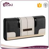 Fani 2017の新しい女性の豪華なクラッチの財布、女性の札入れのジッパーの札入れの卸売