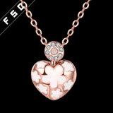Form-handgemachtes Rosen-Goldinner-hängende Halskette mit Kristall