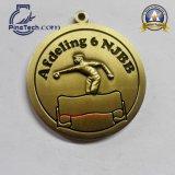 Изготовленный на заказ медаль спортов сброса 3D с античной отделкой золота