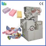 Автоматическое вырезывание конфеты и двойная машина упаковки закрутки
