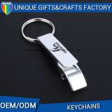 Trousseau de clés de lettre personnalisé par qualité en métal avec l'ouvreur de bouteille