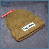 Bonnet 100% tricoté avec brodé sur mesure