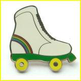 高品質のEnameldのローラースケートの折りえりPin