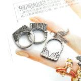 Anéis geométricos do teste padrão do tom de prata antigo requintado do estilo do punk do vintage ajustados