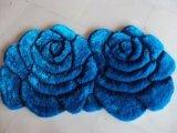 Doble azul Rose de los pares de la alfombra