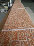 Het gemakkelijke Installatie In reliëf gemaakte Metaal Met een laag bedekte Comité van de Muur van de Sandwich van de Isolatie