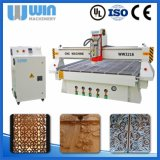 Preiswerte Tür-Ausschnitt-Stich CNC-Holz-Maschine des Preis-4.5kw hölzerne