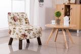 Festes hölzernes Stuhl-Wohnzimmer sitzt buntem Stuhl-Gewebe-Stuhl-Kaffee-Stuhl-Gewebe-Sofa vor (M-X2052)