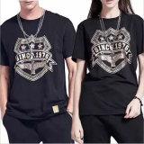 T-shirt curto novo do estilo para amantes com impressão