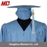 Gland adulte de robe de chapeau de graduation de bleu de ciel pour le lycée