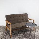 Fabric Seat를 가진 나무로 되는 Furniture High Quality Solid Wood Sofa