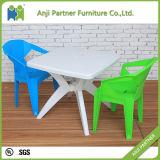 عالة لون بلاستيكيّة يتعشّى كرسي تثبيت يتوفّر من يكدّس (جيري)