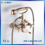 Robinet en laiton de douche de Bath de double traitement fixé au mur artistique de Wenzhou avec la douche de main de téléphone