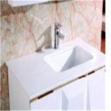 高品質の壁に取り付けられた現代浴室によって映されるキャビネットNw077