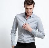 De los nuevos hombres del estilo de la manga larga del ajuste del botón camisa de vestido delgada abajo