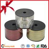Heißer Verkauf Polyerter metallisches Farbband für das Verpacken mit Goldzeile
