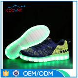 Zapatos 2016 de la zapatilla de deporte de la simulación LED de la luz de la manera de las mujeres del modelo nuevo