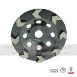 Поделенное на сегменты стрелкой колесо чашки диаманта конкретное меля