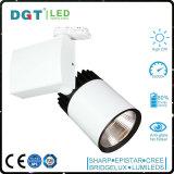 LED Tracklight 30W 12/24度の狭いところの角度の冷たい白5000k