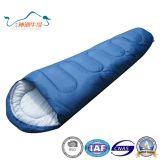 Mama-dick beweglicher im Freiengroßhandelsreisend-kampierender Schlafsack