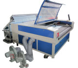 Corte automático del laser del CO2 que introduce y máquina de grabado