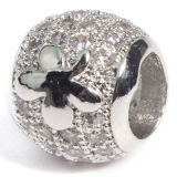Покрынный серебром шарм естественного кристаллический кубического Zirconia геометрический отбортовывает ювелирные изделия DIY шарика