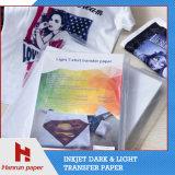 Papier de transfert thermique de T-shirt de lumière de taille de la feuille A4 pour le T-shirt de coton